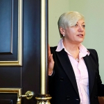 Украинская рулетка: почему в Киеве массово увольняются высокопоставленные чиновники и банкиры