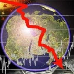 Доллар упал, но обещает подняться