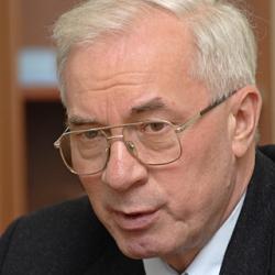 Азаров пообещал не повышать цены на газ ради кредита МВФ