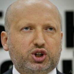 Турчинов купил военные облигации на 20 тысяч гривен