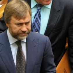 Суд отменил арест активов Новинского по делу банка