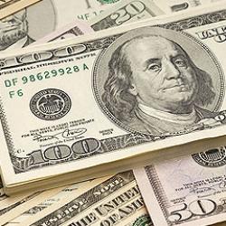 НБУ пытается «выкачать» из украинцев валюту, — эксперт