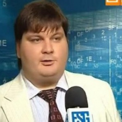 Эксперт: Украину спасет золотая инвестиционная гривна