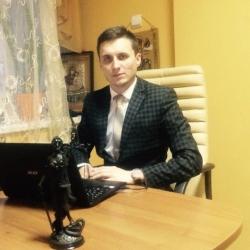 После принятия закона Яценюка валютные ипотечные заемщики могут остаться без крыши над головой: правозащитник Арсен Маринушкин.