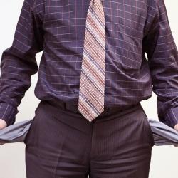Правэкс-банк приостановил выплаты гарантированных сумм вкладчикам Платинум Банка