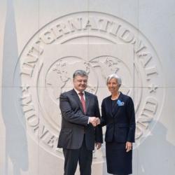 Порошенко пообещал Лагард «правильную» пенсионную реформу и продажу земли