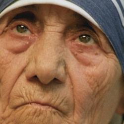 """Мать Тереза имела """"огромный счет"""" в банке Ватикана - СМИ"""