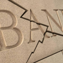 В Украине уже закрылся каждый второй банк: что будет с оставшимися