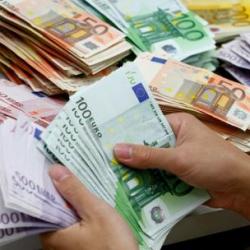 Украинцы, похоже, готовятся назначить евро на «должность» доллара