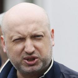 Турчинов: украинцы переплачивают за газ миллиарды гривен