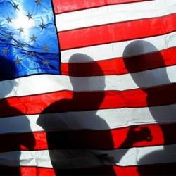 """Боровковс: США """"хоронят"""" банки в Латвии, а она склоняет голову"""
