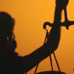 Суд снял арест с имущества миллиардных должников Дельта банка и его бывшего топ-менеджера