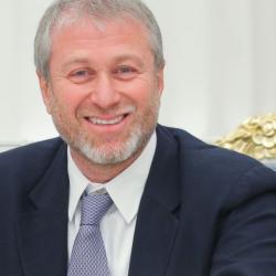 Швейцарский суд начал рассматривать иск банка к Роману Абрамовичу о невозврате кредита