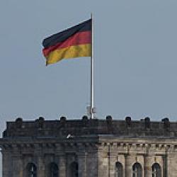 Немецкий банк поддерживает акцию BDS: изгнать Израиль с поп-фестиваля в Берлине