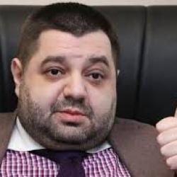 У Александра Грановского нашли оформленный на подставных лиц особняк и элитный автопарк - СМИ