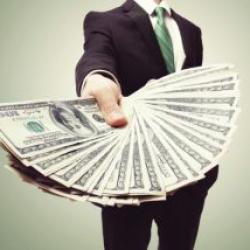 Доллар по 50: стало известно, когда в Украины начнутся проблемы