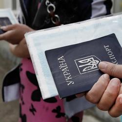 В погоне за рублем теряем паспорт?