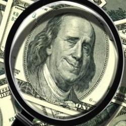 Украину наводнили фальшивые доллары: что важно знать