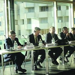 Западные санкции бросили тень на нейтралитет Швейцарии
