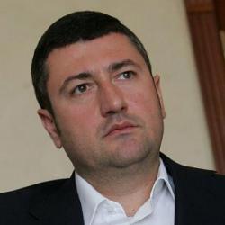 Миллиардер-банкрот Олег Бахматюк пытается «сбросить с хвоста» детективов НАБУ - СМИ