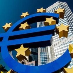 ЕЦБ готовится к выпуску новых купюр 100 и 200 евро
