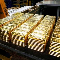 США и Англия присваивают чужое золото, а в Форт-Ноксе хранятся муляжи?