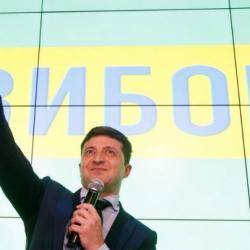 Зеленский убеждает инвесторов, что будет работать по программе МВФ