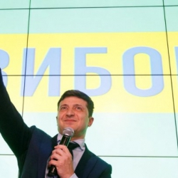 """""""Доллар в Украине: игра в поддавки, или Чем дольше """"стабильность"""", тем тяжелей расплата"""", - екснардеп"""