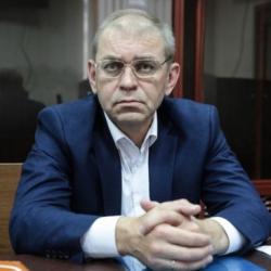 Запад благодарит Порошенко за развал экономики Украины ?