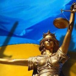 В Киеве задержан сотрудник НБУ, обещавший предпринимателю помощь с получением лицензии за $50 тыс.