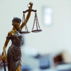 В Мелитополе мужчина подал в суд на банк, насчитавший ему огромные проценты и штрафы