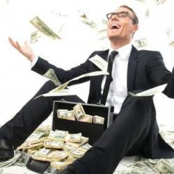 Системные банки обменяли у Нацбанка почти весь наличный доллар
