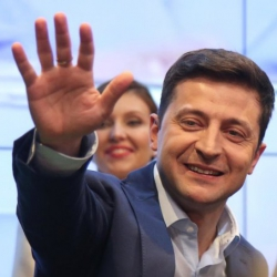 Зеленский не смог найти вакцину Украина относится к числу государств, которые получат доступ к вакцине в последнюю очередь