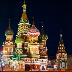 В Кремле не исключили отключения России от Visa и Mastercard
