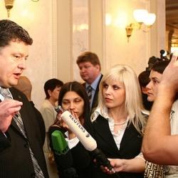 Порошенко заявляет, что не претендует ни на какие должности