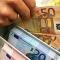 Сорить деньгами во время экономического кризиса неприлично