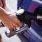 В Украине бензин должен стоить значительно дешевле: три причины