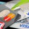 Банки начали массово блокировать счета украинцев