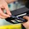 Нацбанк предлагает разрешить владельцам платежных карт получать наличные в кассах магазинов или кафе