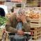 Будуть втікати родинами. Прогодувати сім'ю в Україні вдвічі дорожче, ніж в Європі
